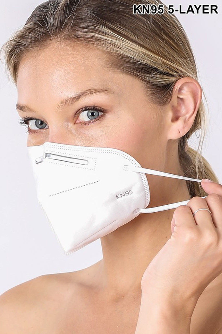 20 individually wrapped white KN95 Masks with earloop supports.