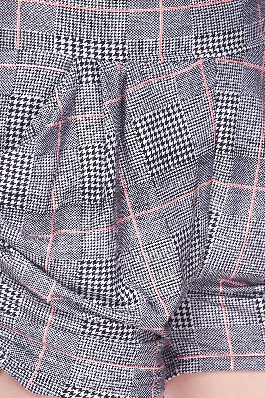 Close up image view of Buttery Soft Coral Accent Textured Houndstooth Harem Plus Size Shorts