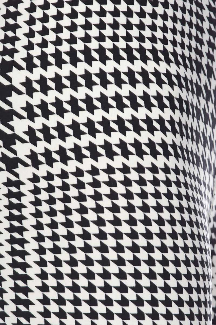 Close up image swatch of Buttery Soft Moving Houndstooth Plus Size Capris