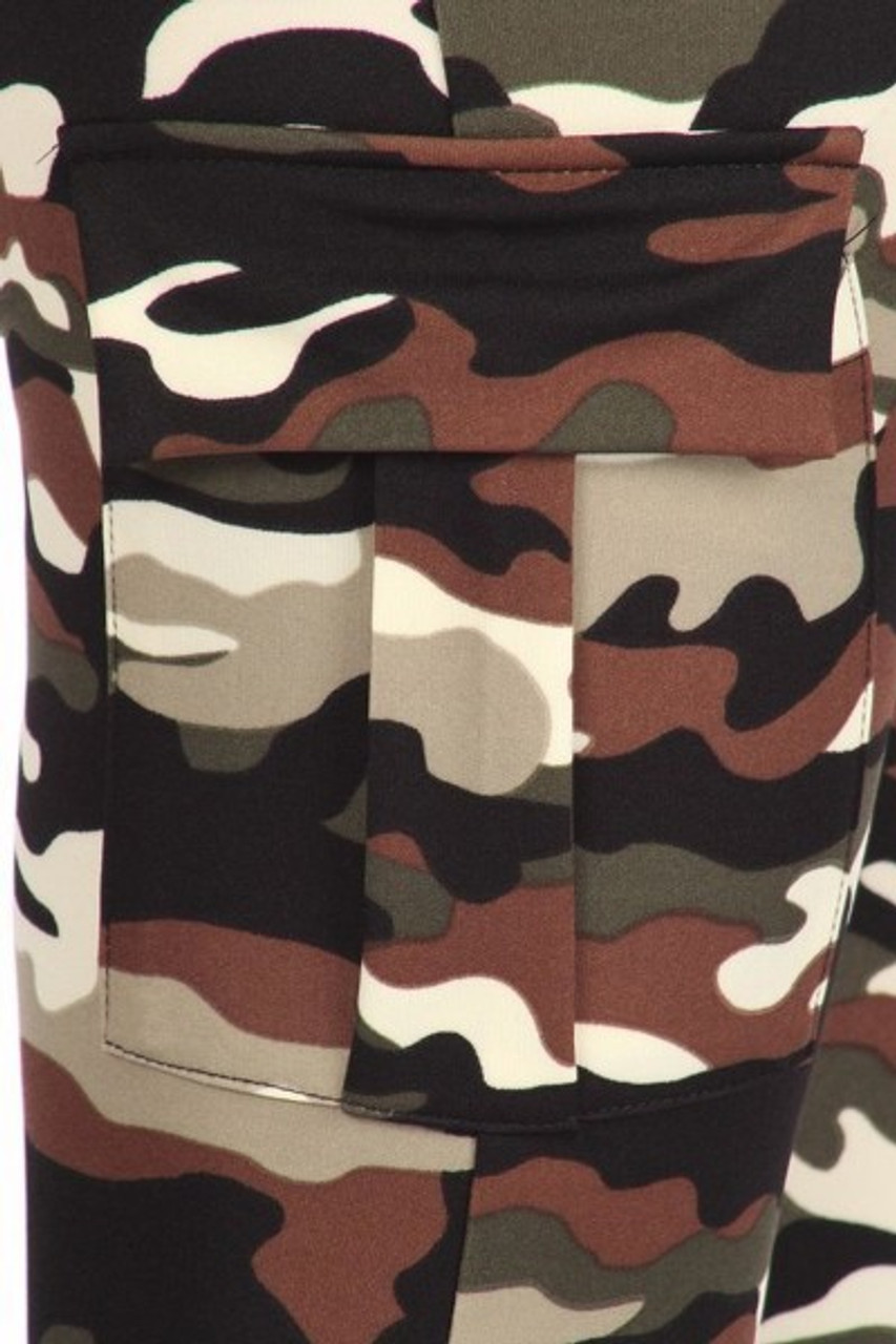 Close up of cargo pocket on Camouflage Sport Leggings with Cargo Pocket