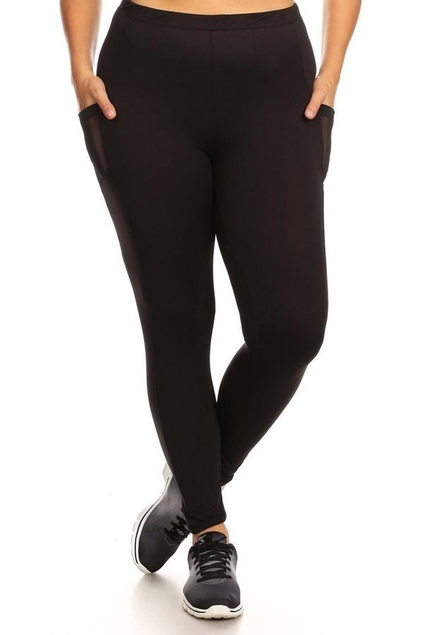 Front view of Black Women's Mesh Pocket Workout Leggings