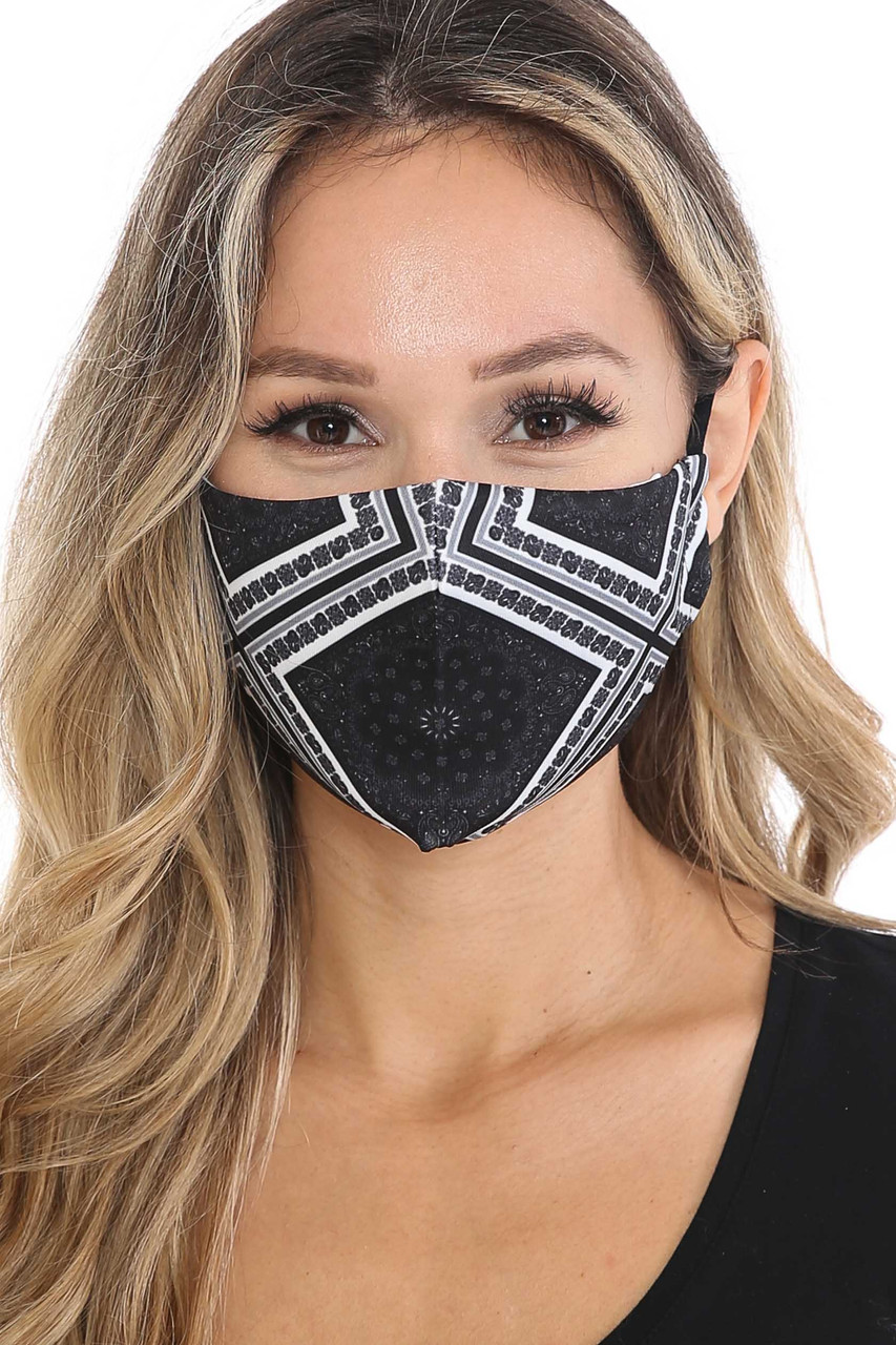 Front view of Symmetrical Bandana Graphic Face Mask
