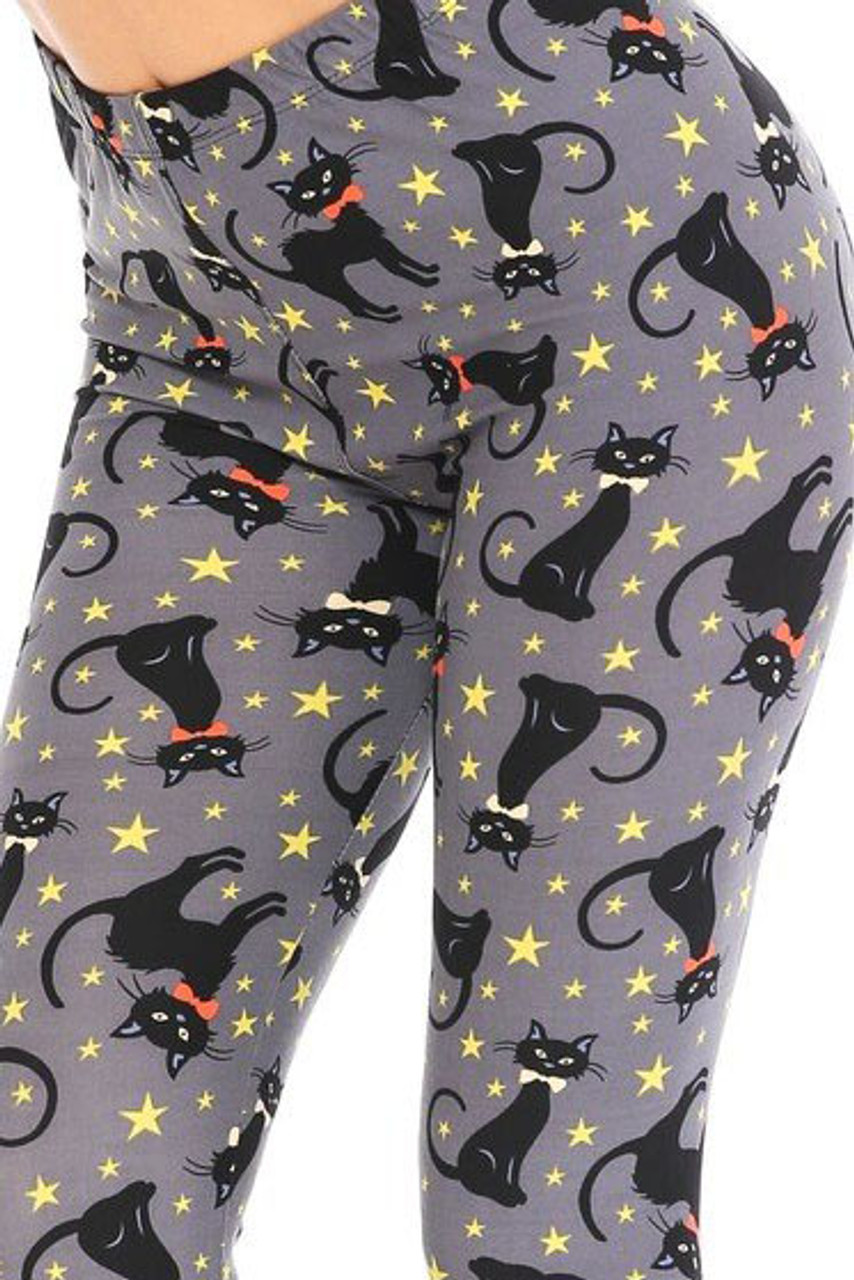 Close up of Buttery Soft Bow-tie Black Kitty Cats Kids Leggings