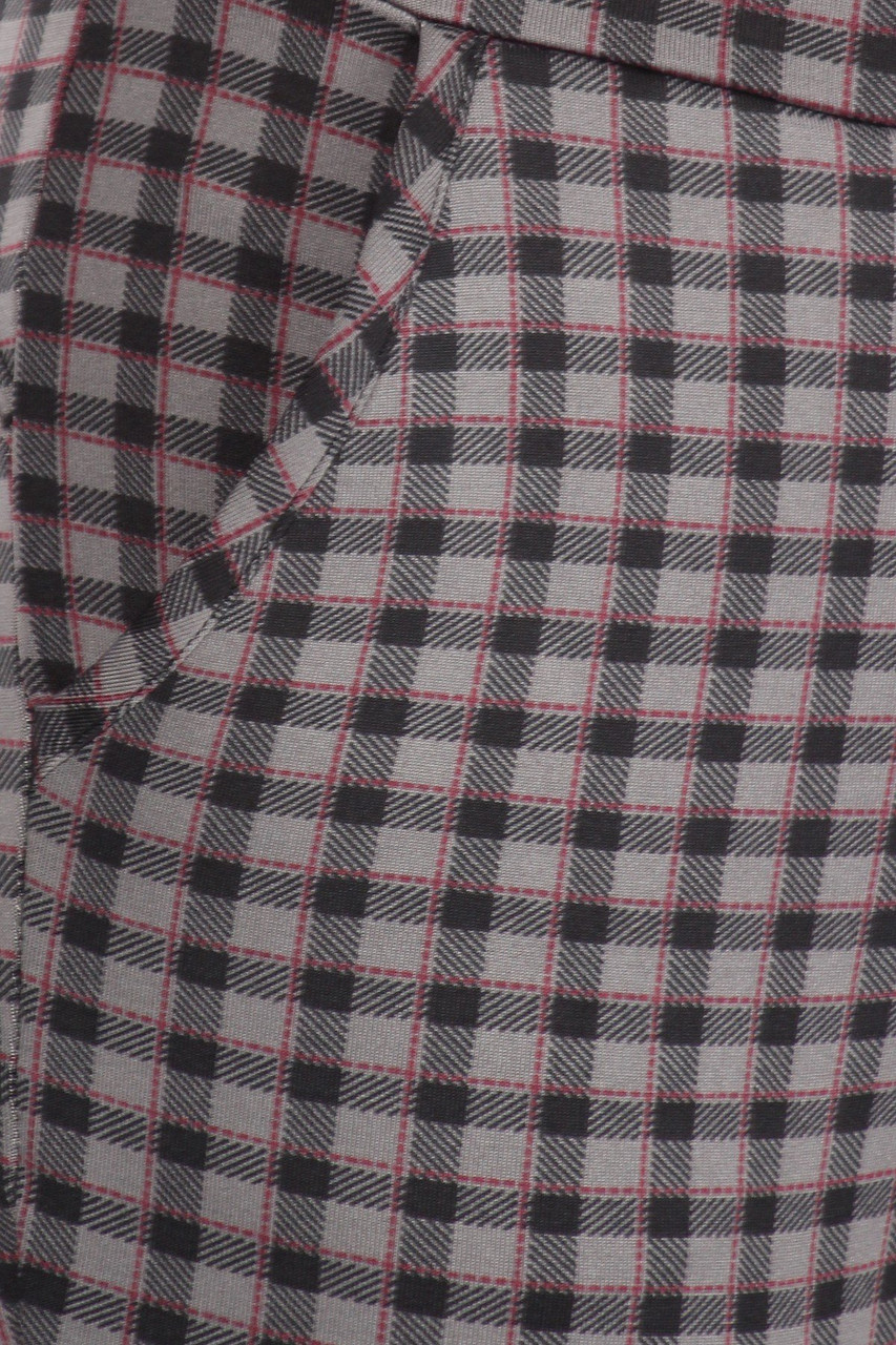 Close up pocket image of Burgundy Accent Gingham Plaid High Waist Body Sculpting Treggings with Pockets