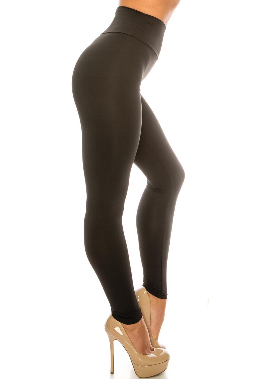 Right side image of Black USA Basic High Waisted Athleisure Leggings