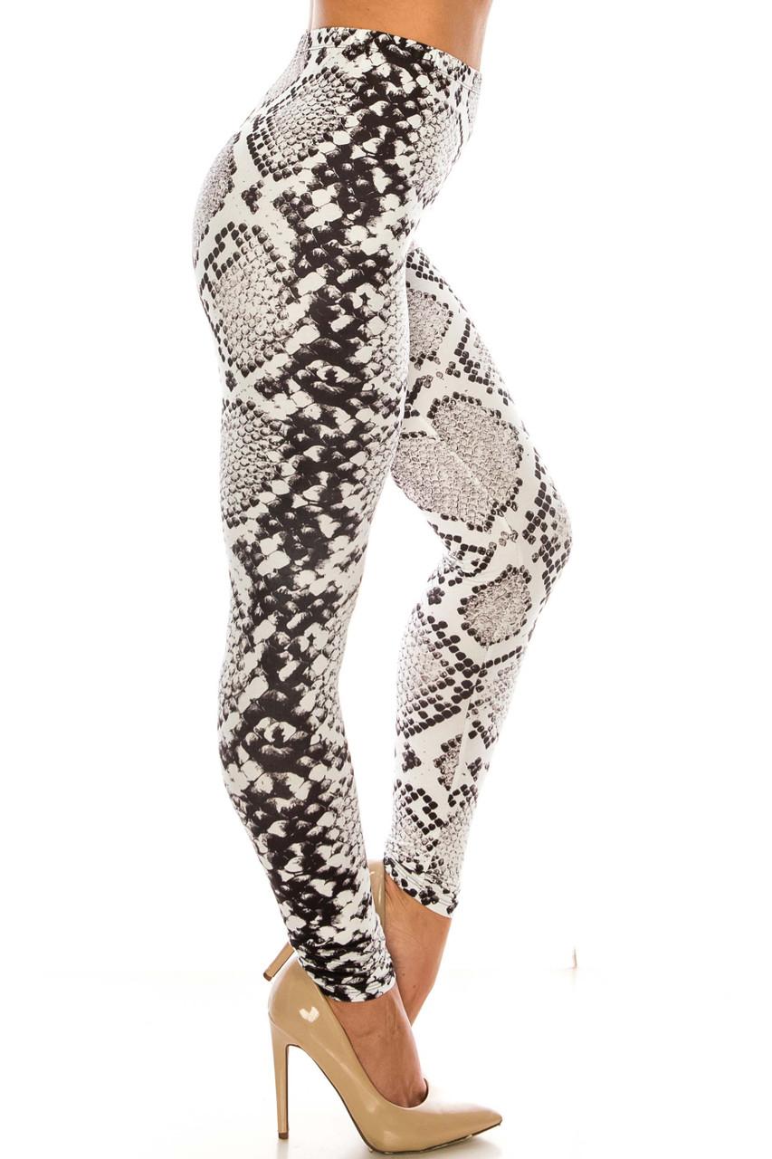 Right side image of Creamy Soft Ivory Python Extra Leggings - Plus SIze - 3X-5X - USA Fashion™