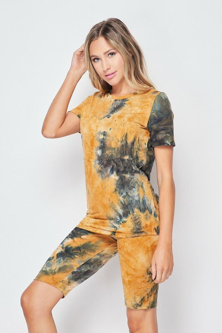45 degree/right side of 2 Piece Buttery Soft Camel Tie Dye Biker Shorts and T-Shirt Set - Plus Size