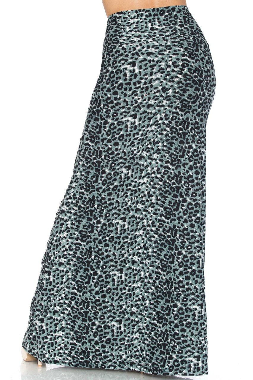 Back side image of Buttery Soft Snow Leopard Plus Size Maxi Skirt with a long hem that falls below the ankles depending on height.
