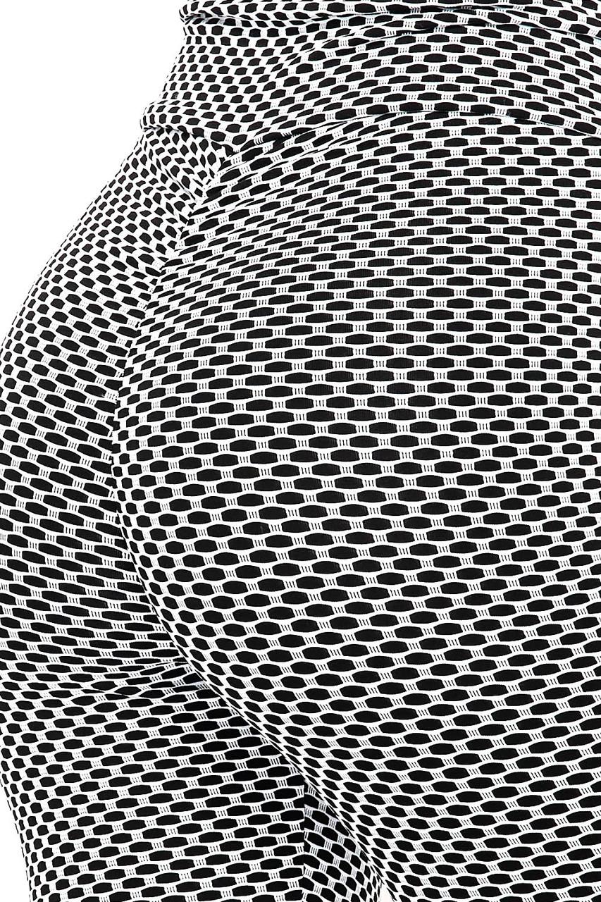 V-Waist Textured Butt Lift Scrunch Butt Plus Size Leggings