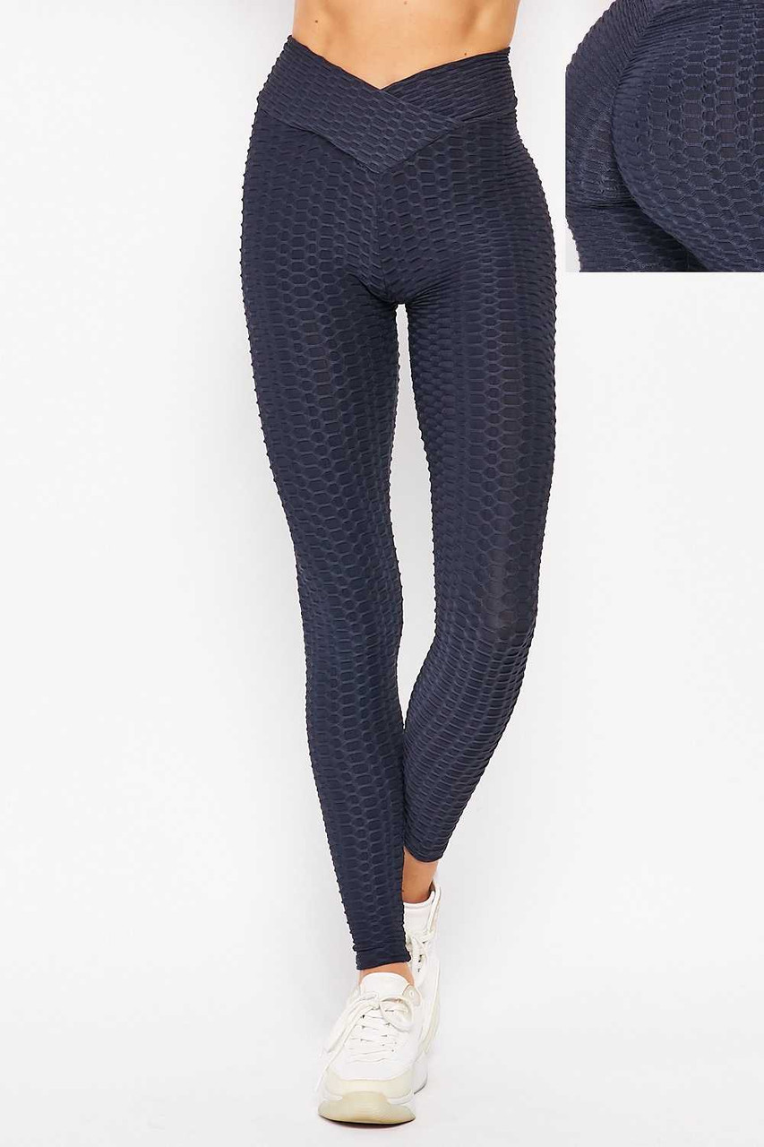 Front side image of Navy Scrunch Butt Textured V-Waist High Waisted Plus Size Leggings with Pockets with a close up of scrunch butt detail on the rear.