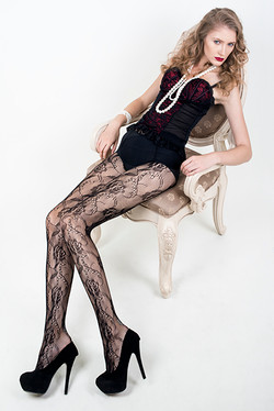 Dainty Floral Rose Nylon Pantyhose