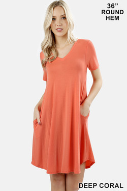 V-Neck Round Hem Short Sleeve Rayon Top with Pockets - 36 Inch