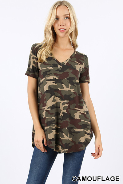 Short Sleeve V-Neck and Round Hem Camouflage Top