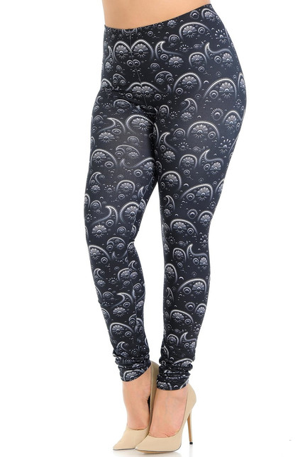 Creamy Soft Fading Paisley Plus Size Leggings - Signature Collection