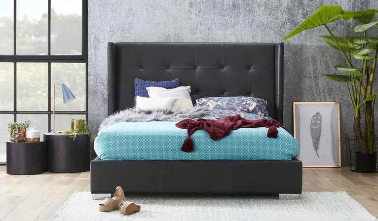 Bettino leather bed