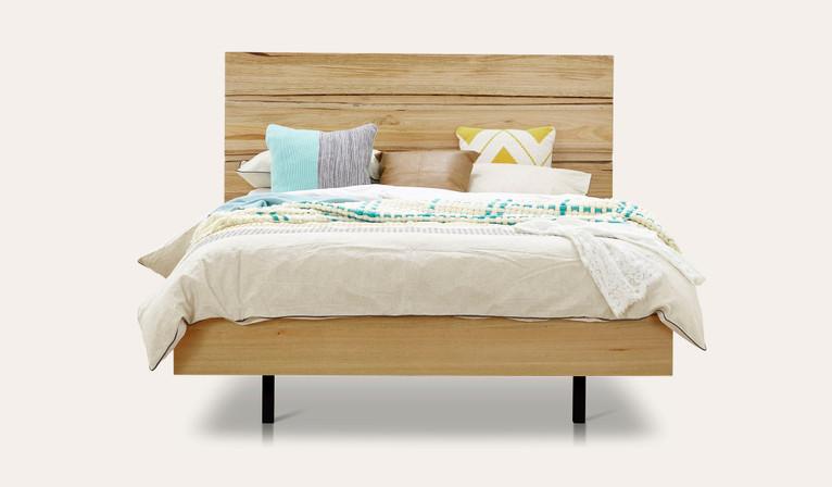 Reagan bed