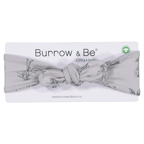 Burrow and Be headbands have a knot/bow that can be adjusted slightly, made to fit baby's between 0-18m. The perfect finishing touch to any outfit. Made from our gorgeous 95% GOTS certified organic cotton and 5% elastane