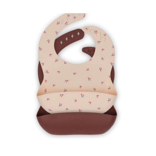 Beautiful and unique bibs from Konges Slojd. Your little on will love wearing this cute bloom design at dinner times.