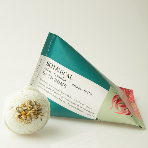A natural fizzing fun treat for your bath. Our beautifully scented Peppermint & ChamomileBath Bombwill leave your skin and mind feeling refreshed, calm and soft.