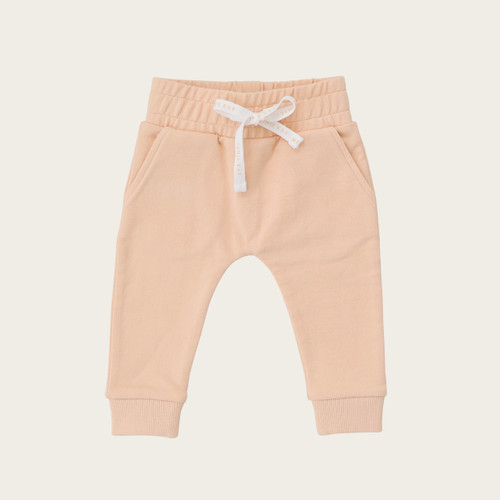 Arch & Bear has the go-to range of quality Baby & Children essential clothing by Jamie Kay offering a mixture of knitwear, bodysuits, leggings and much more.