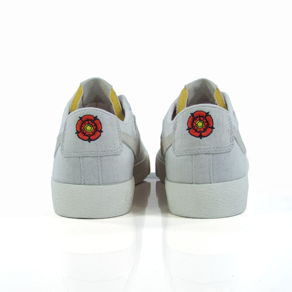 Nike SB Zoom Blazer Low Canvas Decon Shoes - Phantom/Light Bone-Habanero Red