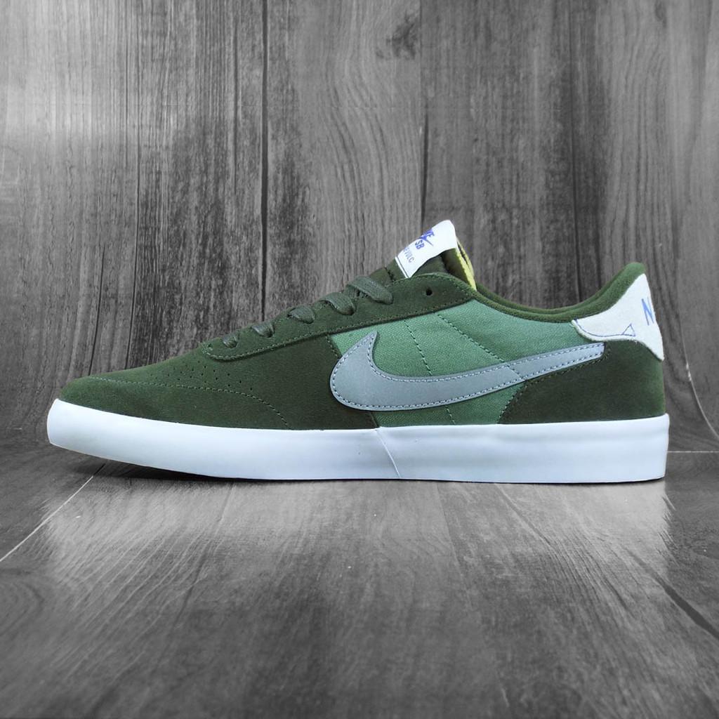 Nike SB Heritage Vulc Premium Shoes - Cargo Khaki/Medium Grey-Spiral Sage
