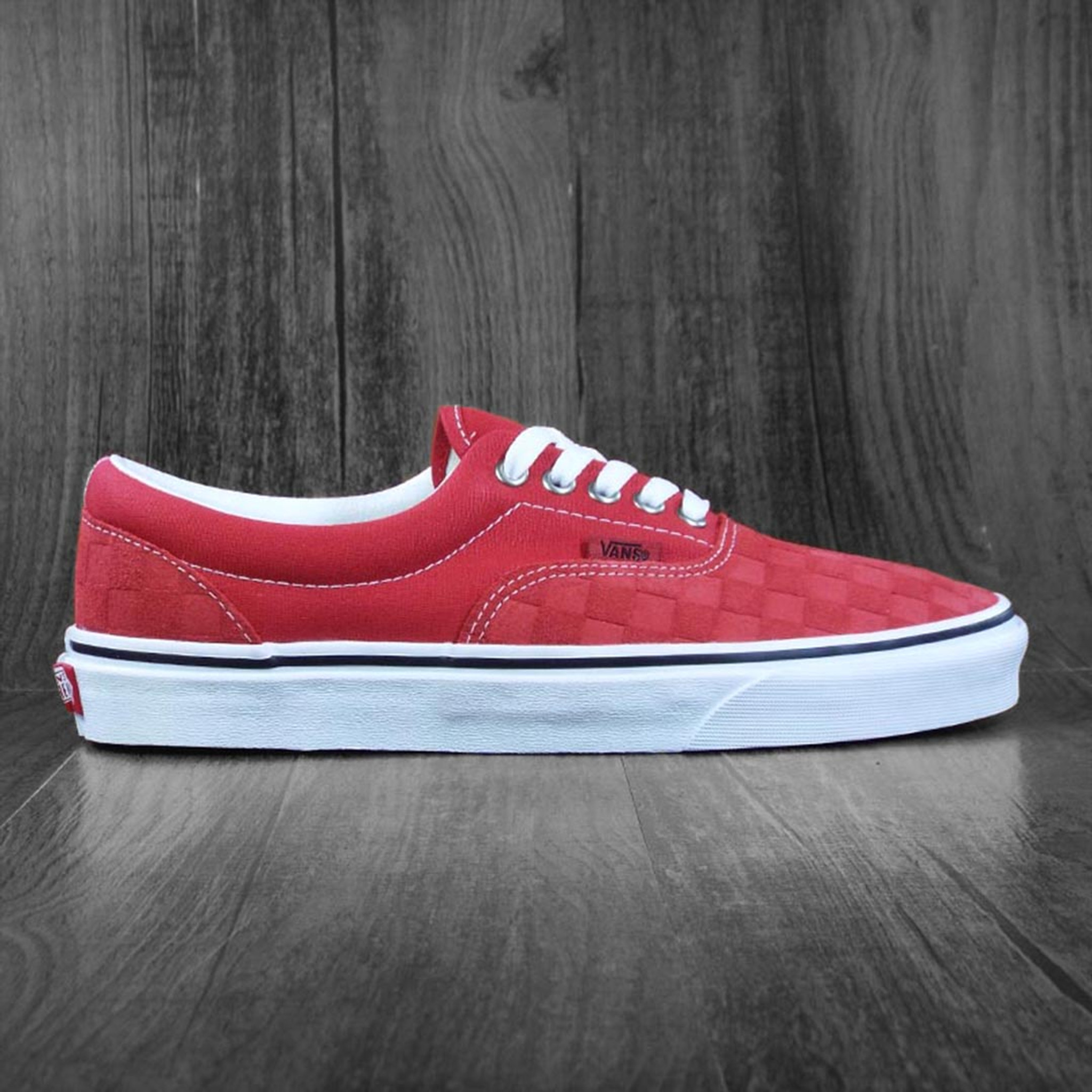 Vans Era Skate Shoes - Deboss Pomp Red