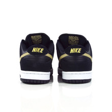 sports shoes 85124 63349 Nike SB Zoom Dunk Low Pro (Takashi) Shoes - BlackMetallic Gold-