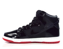 "Nike SB Zoom Dunk High ""Bred"" TR QS Shoes - Black/Black-White-Varsity Red"