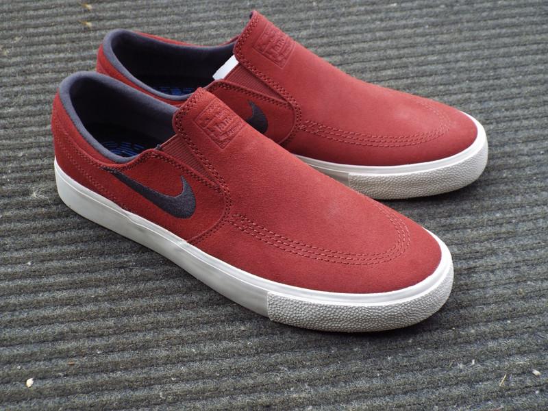 Nike SB Cedar Janoski Slip RM (remastered) Shoes in stock.