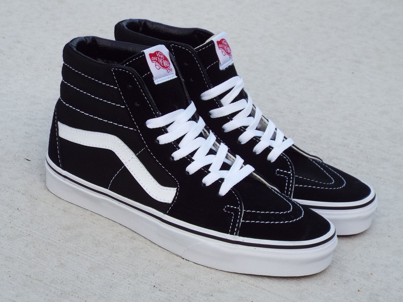 Vans Classic Sk8-Hi Black/Black/White is back.