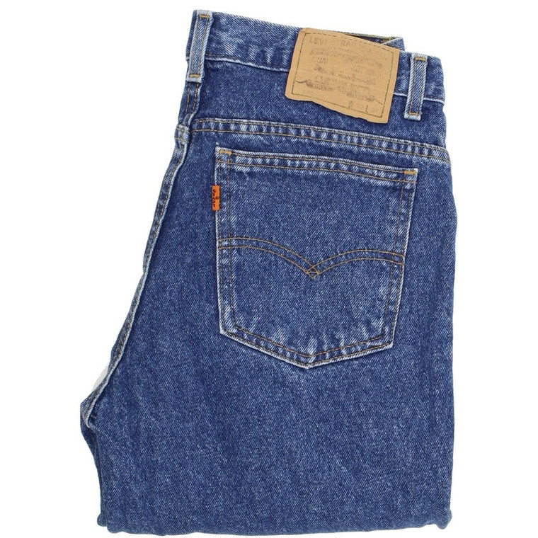 """Levi's 630 Straight Regular W32 L31 Jeans in Good used conditionplease note the legs have been shortened to 31"""". Fast & Free UK Delivery. Buy with confidence from Fabb Fashion. image 1"""
