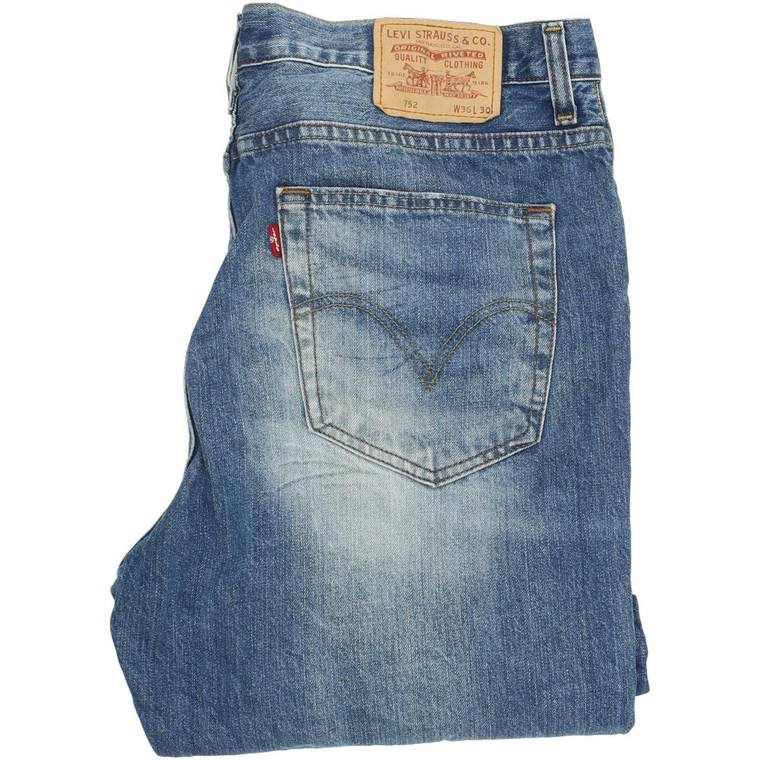 Levi's 752 Straight Regular W36 L30 Jeans in Good used condition. Fast & Free UK Delivery. Buy with confidence from Fabb Fashion. image 1