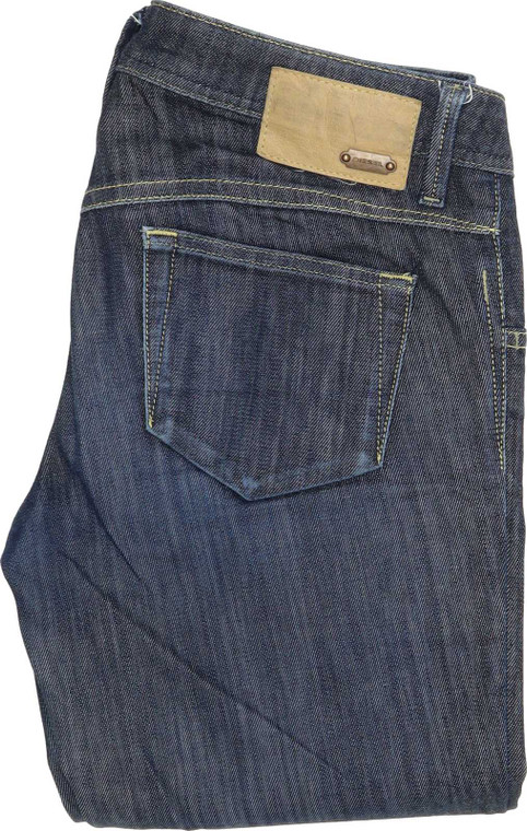 Diesel Newz Straight Regular W29 L34 Jeans in Good used condition. Fast & Free UK Delivery. Buy with confidence from Fabb Fashion. image 1