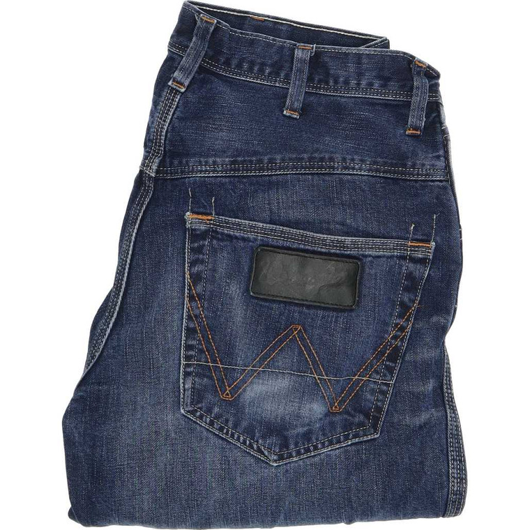 "Wrangler Alaska Straight Regular W31 L30 Jeans in Good used condition please note the legs have been shortened to 30"". Fast & Free UK Delivery. Buy with confidence from Fabb Fashion. image 1"
