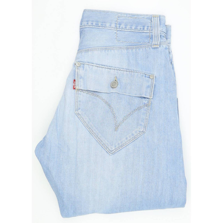 Diesel Engineered Type 131 Tapered Regular W29 L32 Jeans in Very good used condition. Fast & Free UK Delivery. Buy with confidence from Fabb Fashion. image 1