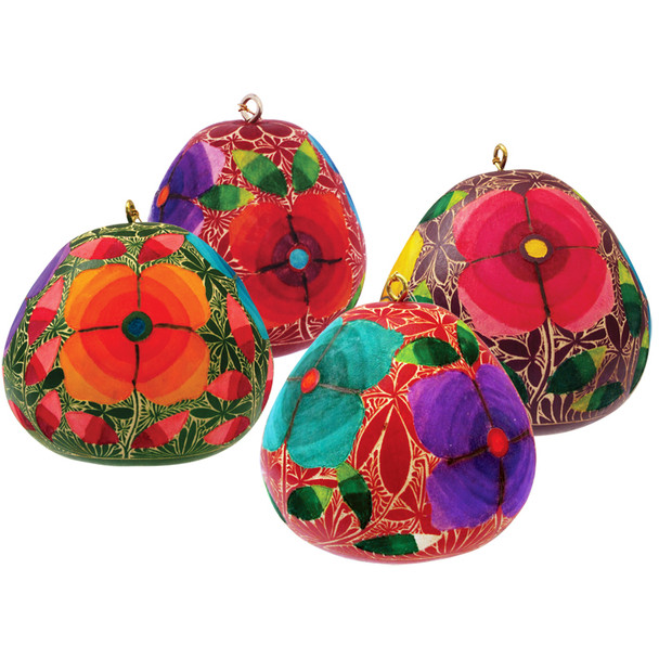 Gourd Flower Fine Ornament Carved and Multicolored Painted