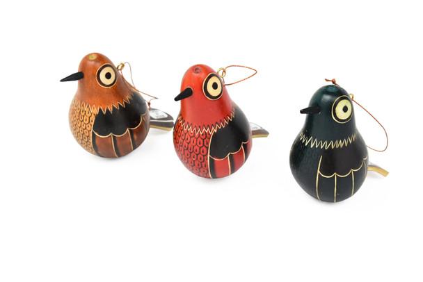 Color Assorted Pigeons Hand Carved Ornament Peru