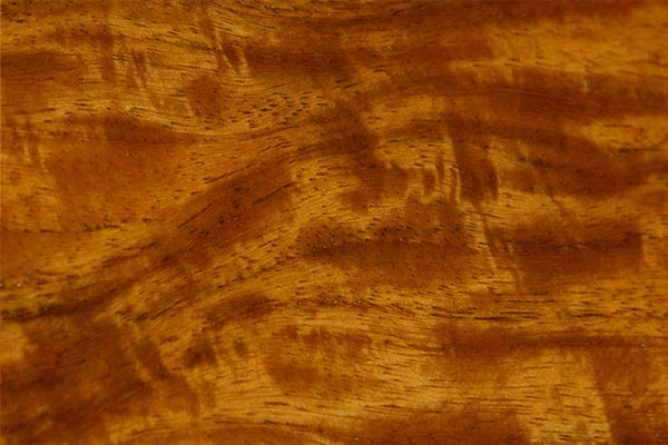 wood-sample-new-guinea-rosewood-600x400.jpg