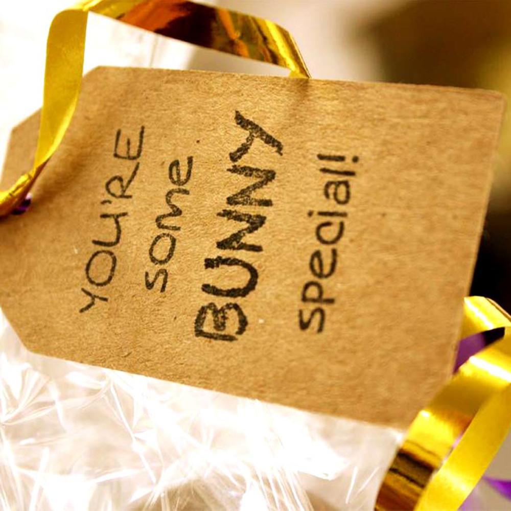 Detailed Milk egg and Hug Mug gift set