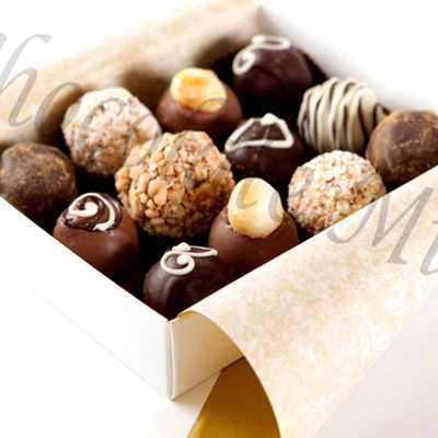 12 Top Truffles gift box