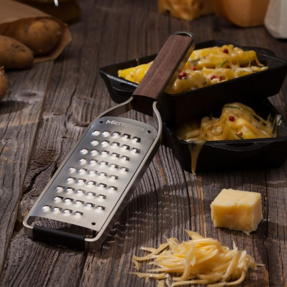 Microplane® Master Series Extra Coarse Grater