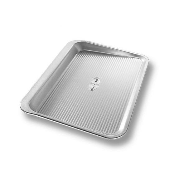USA Pan 11.75-Inch x 16.50-Inch Scoop Cookie Sheet