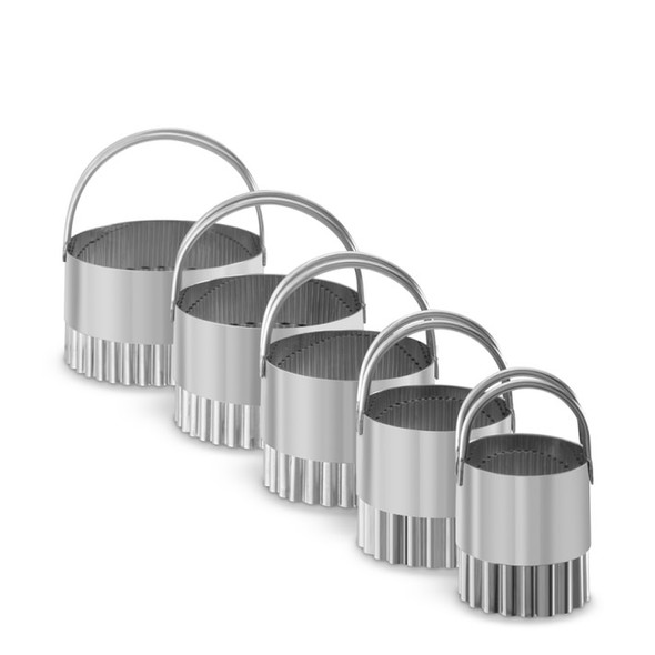 R&M International 5-Piece Fluted Biscuit Cutters