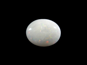 White Opal - Cabochon 8x10mm 2