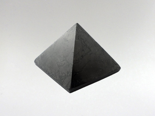 Pyramid 50mm - Shungite