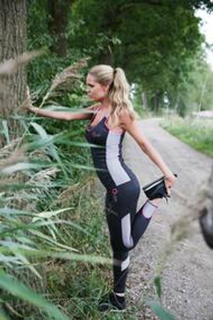 Q-LINN workout bundle: body top + legging
