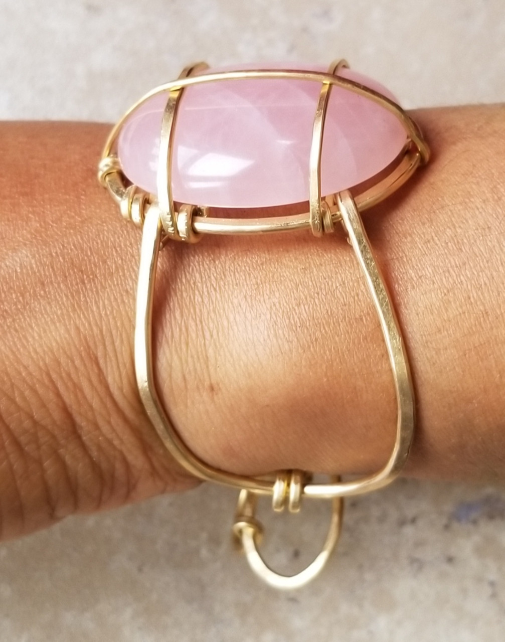 Rose Quartz Cuff : Oval