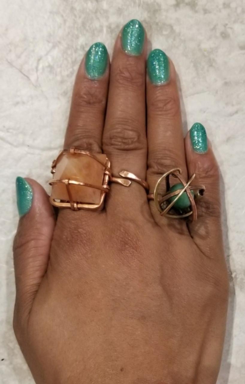 3D Crystal Pyramid Ring