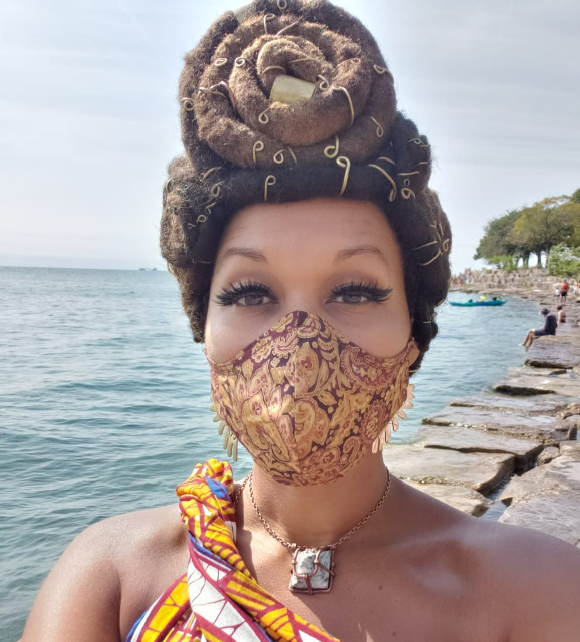 Fitted Brown Paisley Mask